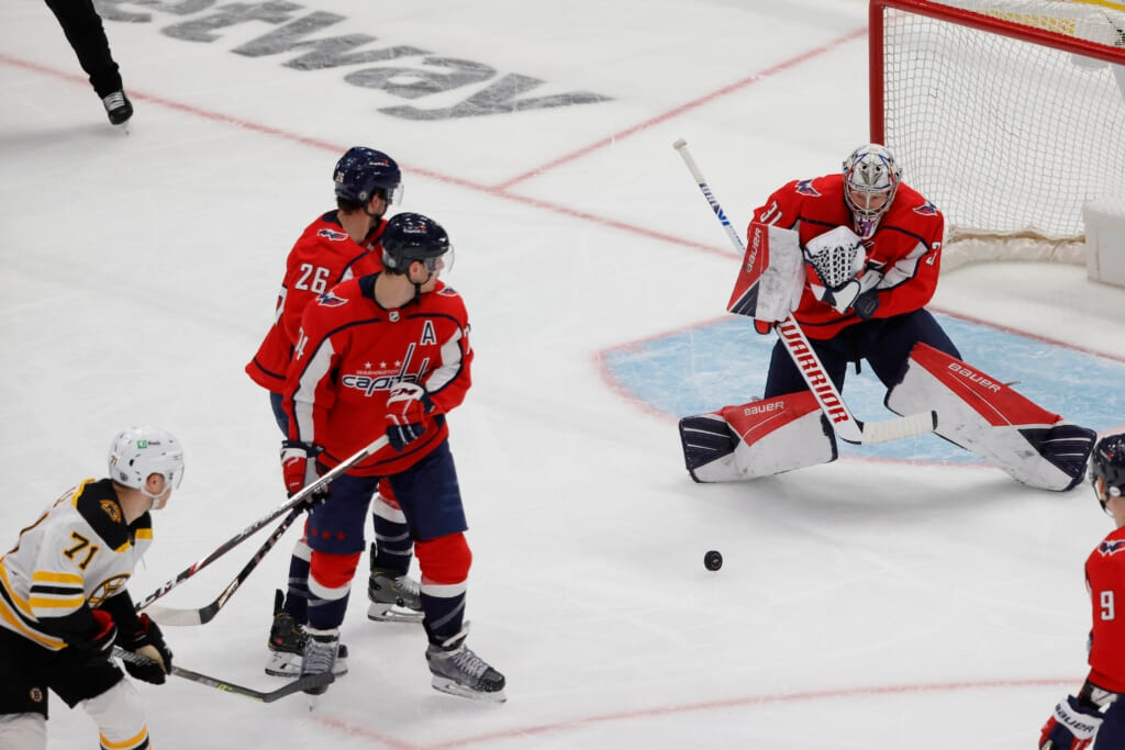 Craig Anderson wins it for Capitals in relief