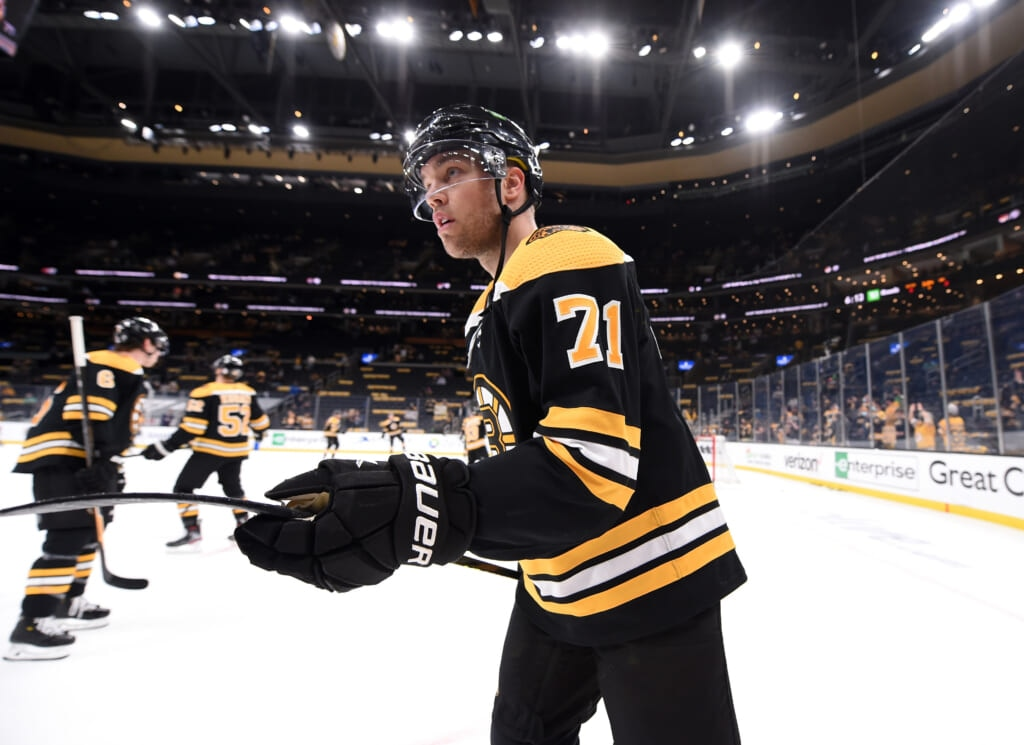 taylor hall signs with bruins