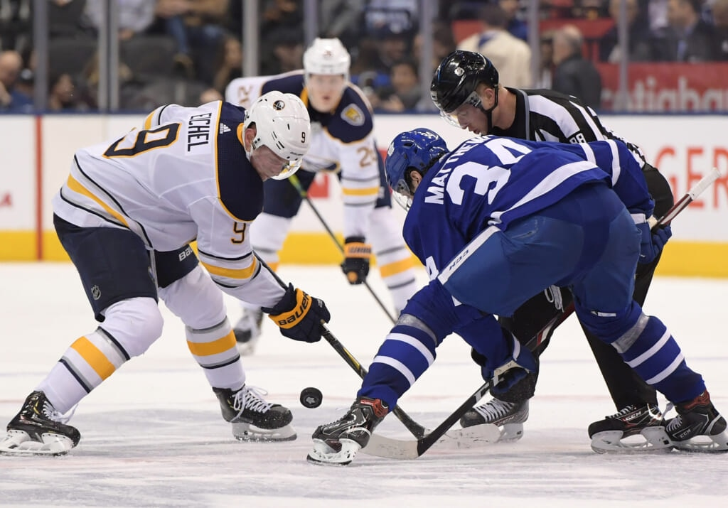 leafs sabres outdoors